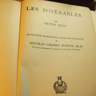 Les-miserables-book-pic-2